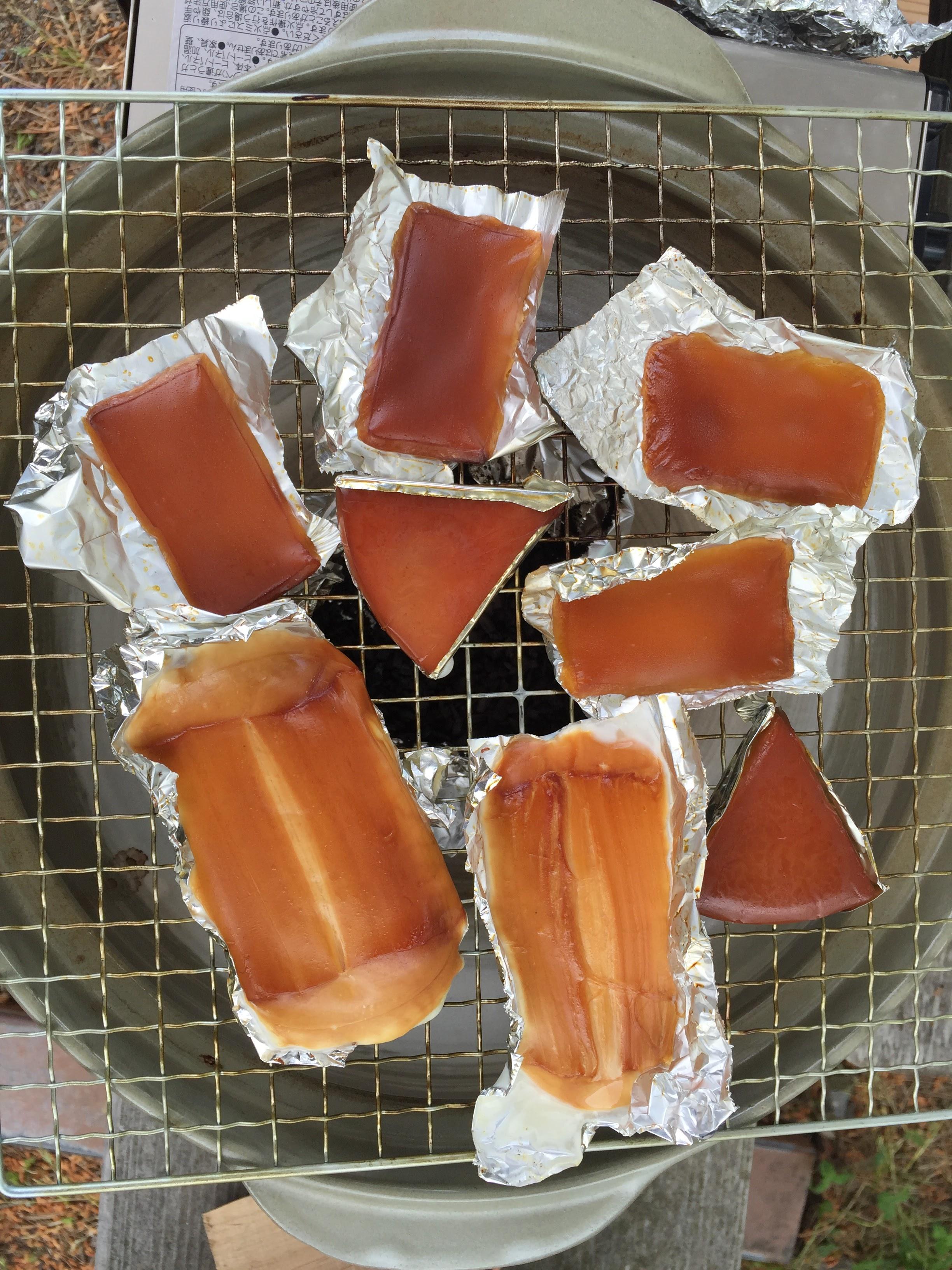 土鍋で燻製体験!!製材所のチップでチーズを燻製してみた。
