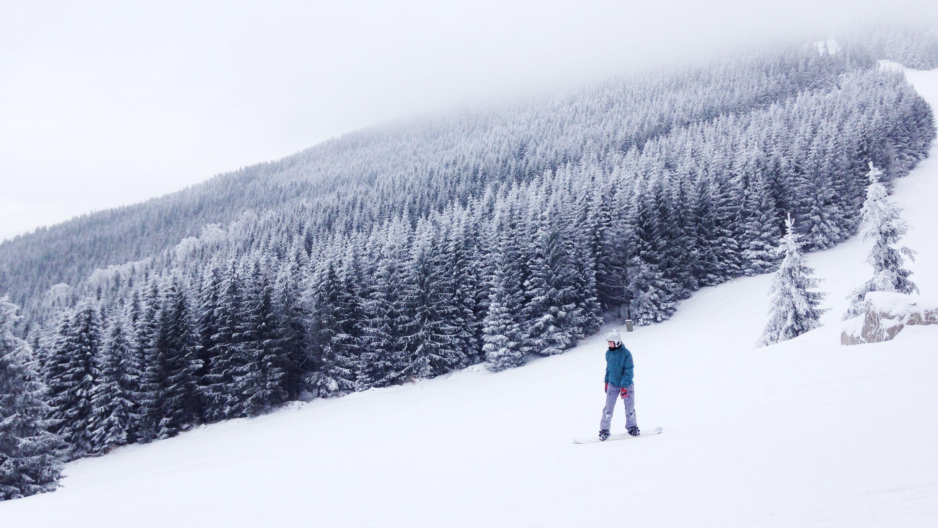 【商品開発】冬をもっと楽しもう。オリジナルスノーボードの開発がスタート。
