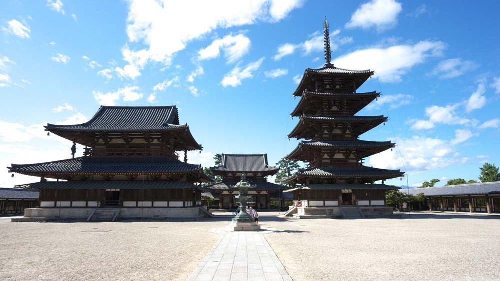 ヒノキで建築した法隆寺が1300年以上保つのに、木造建築の寿命が30年なのはなぜ?