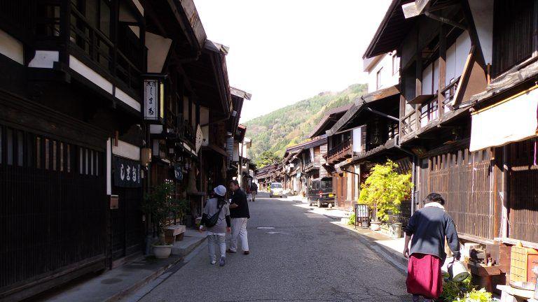 奈良井宿から馬籠宿まで。一泊二日の中山道木曽路旅行ガイド。