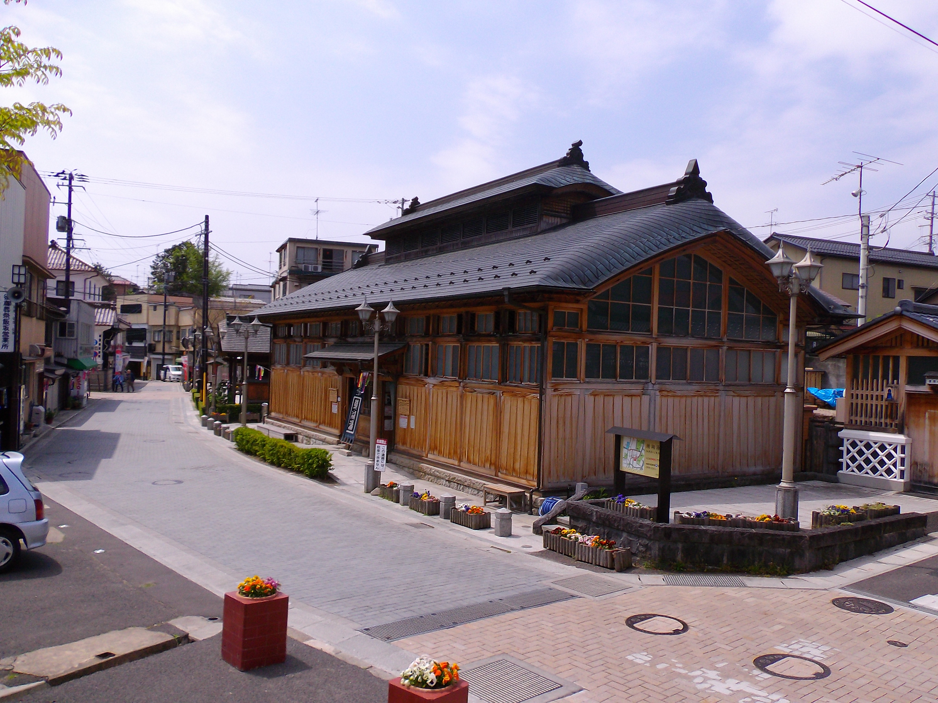 一人旅の福島県。激熱47度の「飯坂温泉 鯖湖湯」で日帰り入浴。
